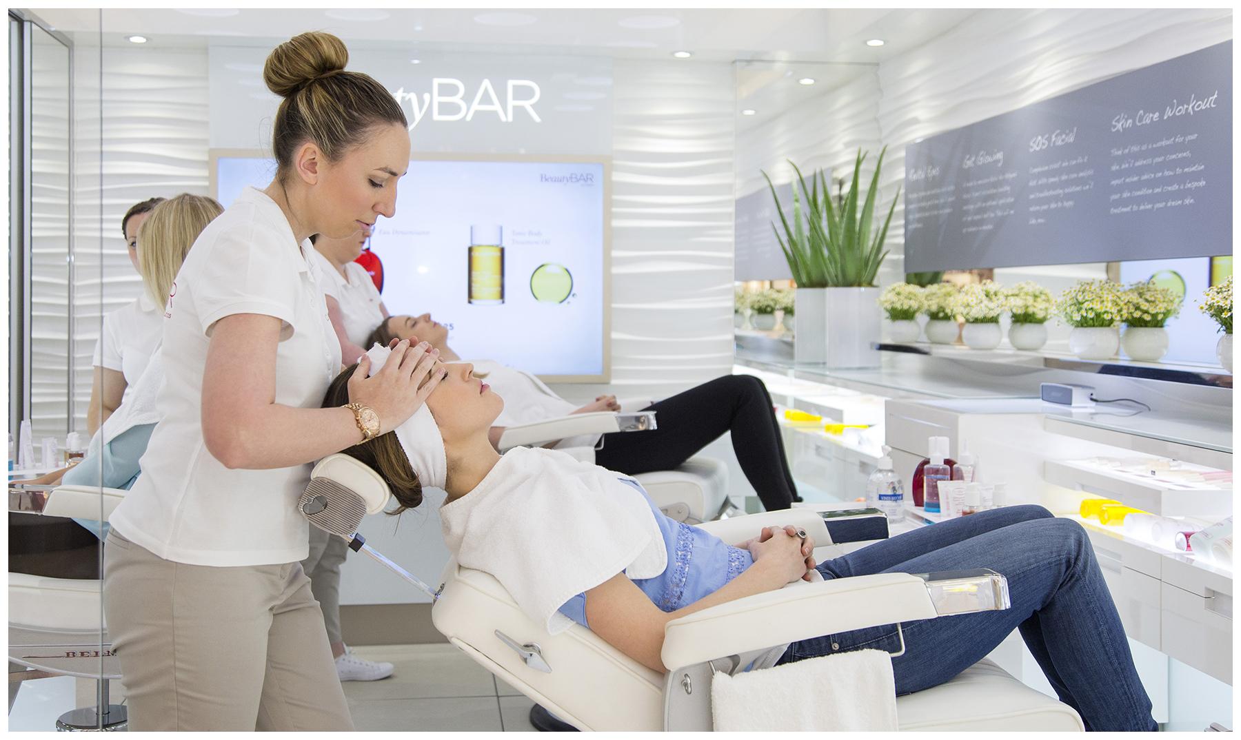 Clarins-BeautyBAR-Kar-001
